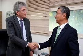 ricardo recebe embaixador da correia Jeong Lee foto francisco franca 41 270x183 - Ricardo mostra potencialidades da Paraíba e discute parcerias com embaixador da República da Coreia