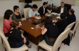 ricardo recebe representante da ONU foto francisco franca 1 270x175 - Ricardo discute parcerias com representantes do Fundo de População das Nações Unidas no Brasil