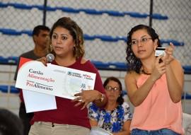 sedh cartao alimentacao pro Alimento Cabedelo fotos Luciana Bessa 4 270x191 - Governo entrega Cartão Alimentação para mais de 500 famílias de Cabedelo