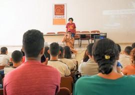 see escola vivenciam aniversario de mangabeira foto delmer rodrigues 2 270x191 - Governo do Estado promove palestra em comemoração ao aniversário do bairro de Mangabeira