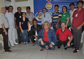 emater grupo de agricultor de baixo carbonovisita frigorifico guaraves 1 270x191 - Grupo gestor do plano estadual de agricultura de baixo carbono visita frigorífico Guaraves