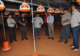 emater grupo de agricultor de baixo carbonovisita frigorifico guaraves 4 270x191 - Grupo gestor do plano estadual de agricultura de baixo carbono visita frigorífico Guaraves