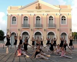 escola de danca sta roza2 270x218 - Teatro Santa Roza inscreve para turmas de balé, dança contemporânea e do ventre