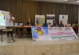 sedh promove seminario da convivencia familiar e comunitaria 1 270x191 - Governo discute questões do adolescente na convivência familiar e comunitária