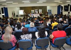 sedh promove seminario da convivencia familiar e comunitaria 2 270x191 - Governo discute questões do adolescente na convivência familiar e comunitária