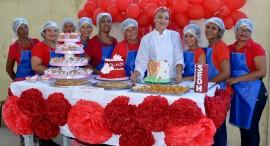 15 08 17 Encerramento do Curso de Culinária no CSU Mandacaru Foto Alberto Machado 4 270x146 - Desenvolvimento Humano oferece 55 cursos em 12 cidades