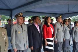 Ligia 3 270x180 - Vice-governadora participa da solenidade de formatura de oficiais do Corpo de Bombeiros