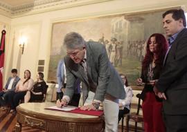 Ricardo assina convenio da iphaep foto jose marques 1 270x191 - Ricardo assina convênios para preservação e promoção do patrimônio histórico e cultural