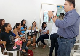 Ses palestra demonstra a importancia do aleitamento materno 7 270x191 - Palestras mostram a importância do aleitamento materno exclusivo nos primeiros seis meses de vida