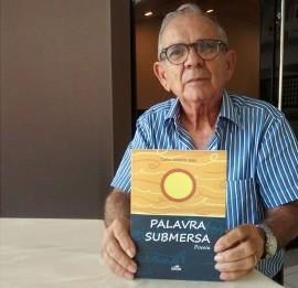 carlos jales1 270x261 - Professor lança livro de poesias na Fundação Casa de José Américo
