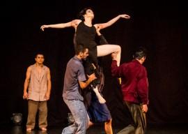 dança7 metal crédito da foto Rondinelle de Paula 270x192 - Projeto Interatos traz ações no Espaço Cultural e performances de rua em setembro