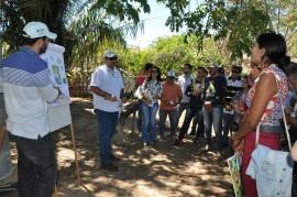 dia de campo1 270x179 - Agricultores conhecem tecnologias em agroecologia e convivência com a estiagem em Dia de Campo