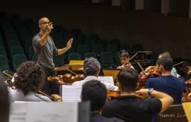 funesc concerto da ospb tem ensaio maestro claudio lage 4 270x172 - Concerto da Sinfônica têm regência do maestro Cláudio Lage e participação da soprano Carla Cury