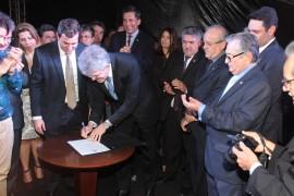 inauguração al5 foto alberi pontes 270x180 - Ricardo participa da inauguração do Centro Administrativo do Poder Legislativo