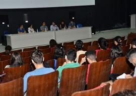 juventude vunerabilidade social e cobertura midiatica foto vanivaldo ferreira 31 270x191 - Governo promove debate sobre políticas públicas para a juventude na mídia