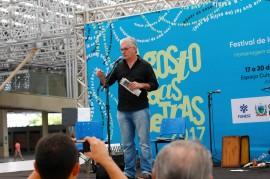 lau siqueira abertura do agosto das letras 270x179 - Agosto das Letras e Quadrinhos Intuados têm palestras, lançamentos e espetáculos