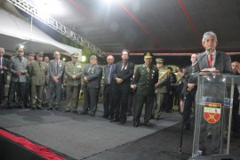 ricardo pm5 foto Alberi Pontes 270x180 - Ricardo entrega coletes, motos e comendas no Dia do Patrono da PM