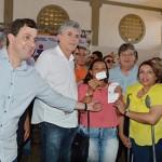 01-09-17 Solenidade de Entrega da Casa Lar,Filtros e Cartão Alimentação em Itaporanga Foto-Alberto Machado   (15) (1)