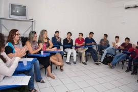 DMF6852 270x180 - Alunos inscritos no programa Jovens Embaixadores participam da quarta fase da seleção