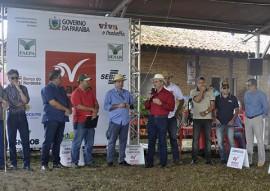 exposicao de animais caprinocultura raca boer 8 270x191 - Expofeira Paraíba Agronegócios: Aberta Exposição Nacional da raça Boer
