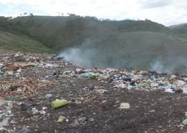 lixaoalagoinha 270x192 - Sudema licencia gestão de resíduos sólidos nos municípios
