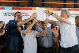 ricardo em sousa1 foto francisco franca 161 270x183 - Em Sousa: Ricardo autoriza reforma do Aeródromo e realização de obras em escolas