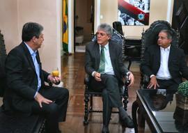 ricardo reuniao com equipe do banco bradesco foto francisco franca 2 270x191 - Ricardo se reúne com representantes do Bradesco e discute gestão da folha de pagamento dos servidores estaduais
