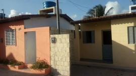 casas pedras de fogo 270x151 - Ricardo entrega unidades habitacionais que beneficiam 240 moradores de Pedras de Fogo