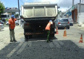 der operacao tapa buraco 2 270x191 - Nova operação tapa buraco do DER contempla 1.048 km de rodovias