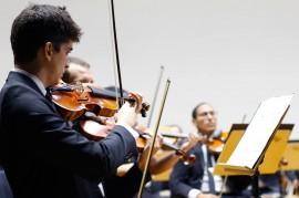 ospb concerto 17.08.17 funesc por Thercles Silva 7 270x179 - Concerto da Orquestra Sinfônica têm regência de maestro argentino e participação de oboísta de São Paulo