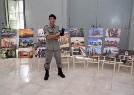 policia exposicao fotografica sobre atuacao da policia 1 270x191 - Exposição fotográfica mostra imagens com diferentes olhares da atuação da Polícia Militar da Paraíba