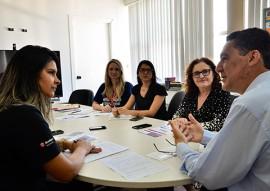 sec de educacao se reune com gerente do bradesco foto delmer rodrigues 2 270x191 - Governo discute novas parcerias com o Bradesco na área da Educação