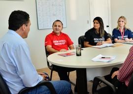 sec de educacao se reune com gerente do bradesco foto delmer rodrigues 3 270x191 - Governo discute novas parcerias com o Bradesco na área da Educação