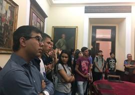 see estudantes do gira mundo espanha sao recebidos por representantes do governo espanhol (2)