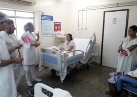 ses maternidade de patos promove palestra sobre o cancer de mama e utero 1 270x191 - Maternidade realiza palestras para conscientizar mães e acompanhantes sobre prevenção do câncer de mama e útero