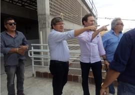 joao azevedo realiza visita tecnica 5 270x191 - Governo do Estado inspeciona obras no Cariri paraibano