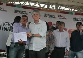 ricardo participa de entrega de certificados em CG foto alberi pontes 31 270x191 - Ricardo entrega certificados de cursos, equipamentos para segurança e reforma do CPR em Campina Grande