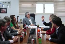 ricardo reunido com empresarios foto jose marques 8 270x183 - Ricardo assina Protocolo de Intenções com Companhia de Bebidas que poderá gerar 500 empregos na Paraíba