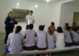 sedh E fundac beneficia socieducandas 2 270x191 - Socioeducandas participam de curso profissionalizante de confeiteiro de tortas