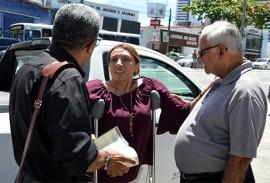 sedh entrega do carro a vila vicentina foto luciana bessa 5 270x183 - Governo do Estado entrega mais veículo para Abrigo Vila Vicentina