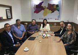 vice gov ligia recebe comitiva de empresarios portugueses