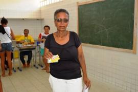 02 12 17 Abono Natalino em Pitimbu Foto Alberto Machado 2 270x179 - Governo do Estado inicia primeira fase do pagamento do Abono Natalino