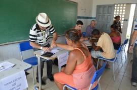 02 12 17 Abono Natalino em Pitimbu Foto Alberto Machado 9 270x179 - Governo do Estado inicia primeira fase do pagamento do Abono Natalino