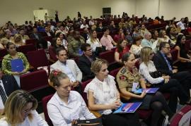 07.12.17 vicegov 30anos amacadepol 9 270x179 - Vice-governadora participa de seminário sobre violência contra a mulher