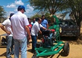 Procase realiza entrega de equipamentos a projetos produtivos no Cariri Ocidental regioes de monteiro e ouro velho 7 270x191 - Procase realiza entrega de equipamentos a projetos produtivos no Cariri Ocidental