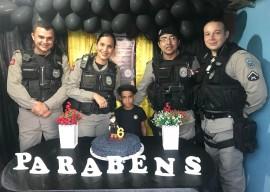 crianca de cidade paraibana escolhe policia como tema da festa 1 270x192 - Criança escolhe Polícia Militar como tema da festa de aniversário e recebe surpresa dos policiais