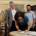 ricardo assina decretos da comunidade LGBT_foto francisco franca (1)