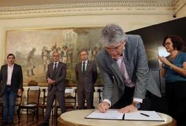 ricardo assina decretos da comunidade LGBT foto francisco franca 2 270x183 - Ricardo assina decretos e empossa Cc dos Direitos LGBT