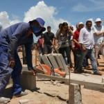 ricardo entrega obras e visita servicos de pavimentacao na orla de jacuma foto francisco franca (13)