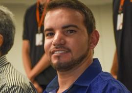 sec da administracao entrega certificados no hotel manaira foto Delmer Rodrigues (4)